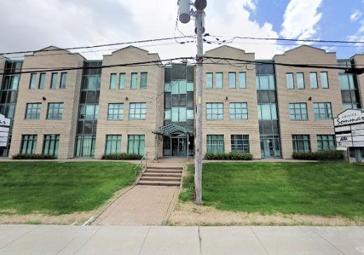 Edifice à Bureaux à vendre Anjou - 8150b