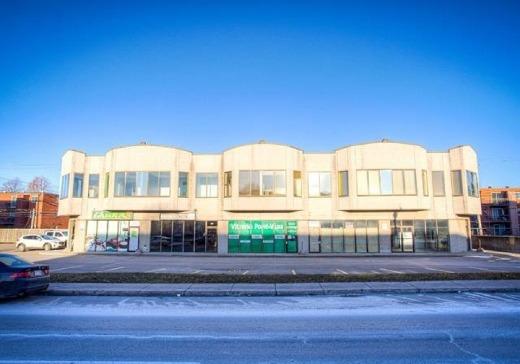 Edifice à Bureaux à vendre Laval-des-Rapides - 515n