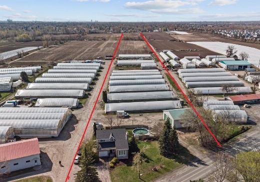 Farm for sale Laval - 3346b