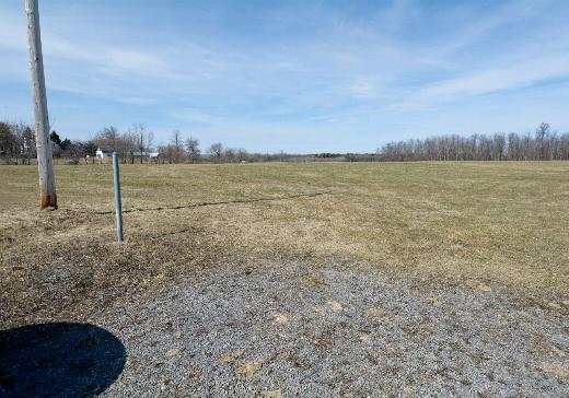 Land for sale St-Jean-Chrysostome - T174230