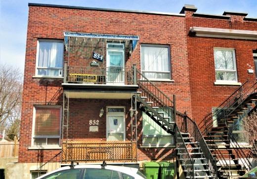 Duplex vendu Lachine - 832h