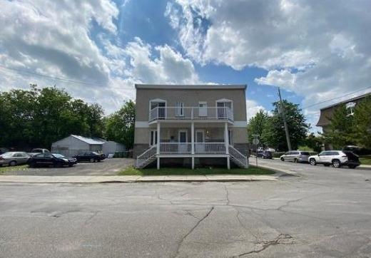 Duplex à vendre St-Jean - 192ze