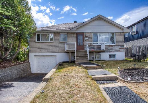 Bungalow for sale Chomedey - 886e